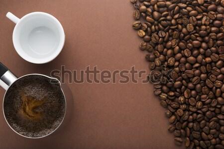 Pot koffiebonen witte lege beker bruin Stockfoto © ironstealth