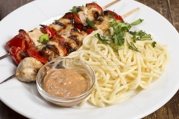 Fête barbecue spaghettis poulet plaque Photo stock © ironstealth