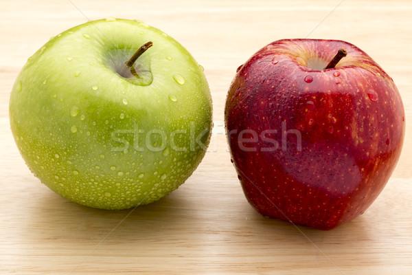 зеленый красное яблоко яблоко капли воды продовольствие Сток-фото © ironstealth