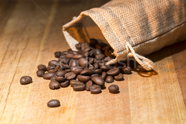 Grains de café toile de jute sac alimentaire Photo stock © ironstealth