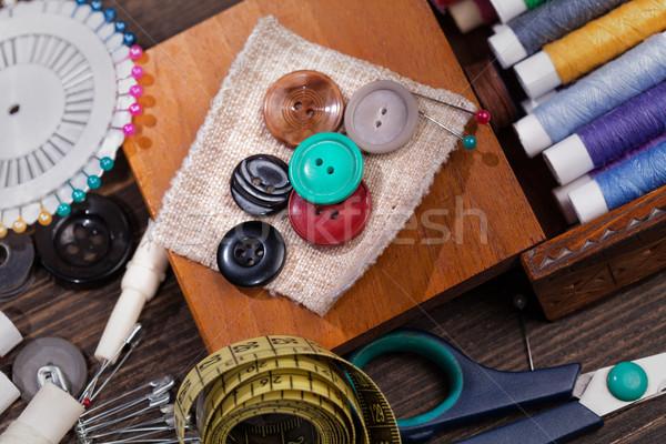 Vintage ingesteld schaar knoppen draad naalden Stockfoto © IvicaNS