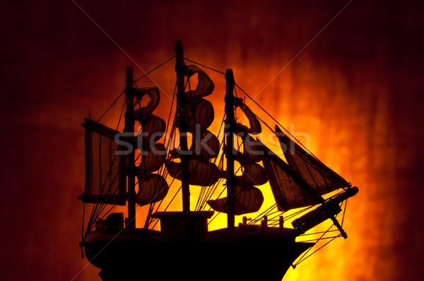 Oude zeilschip silhouet hout licht zee Stockfoto © IvicaNS