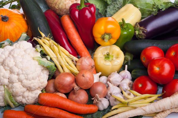 Plantaardige verschillend vers ruw groenten tabel Stockfoto © IvicaNS
