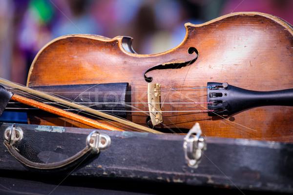 Vintage velho usado violino arco raso Foto stock © IvicaNS
