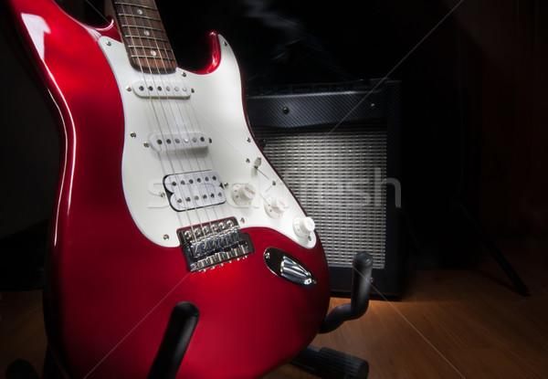Vermelho branco guitarra elétrica combinação luz metal Foto stock © IvicaNS