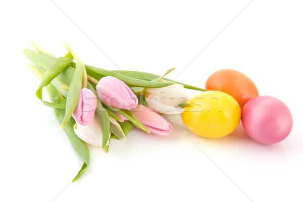 Húsvéti tojások tulipánok színes virágcsokor virágok természet Stock fotó © ivonnewierink