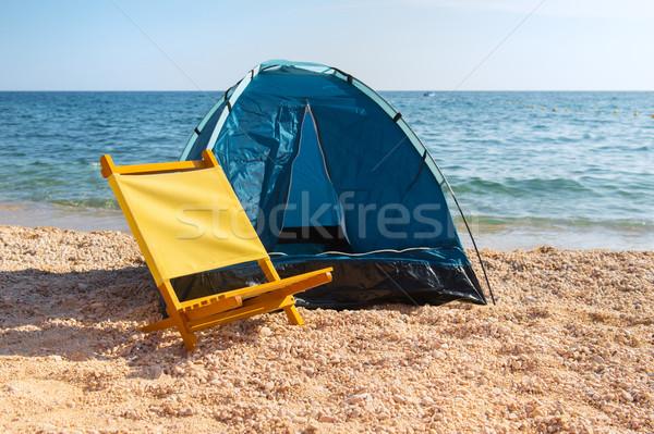 Barınak sandalye plaj mavi sarı manzara Stok fotoğraf © ivonnewierink