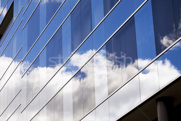Bewölkt Reflexionen Wolken Glas Business Himmel Stock foto © ivonnewierink