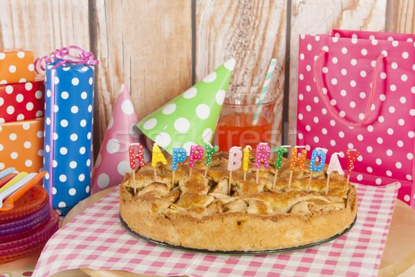 Stockfoto: Verjaardagstaart · kaarsen · appeltaart · appel