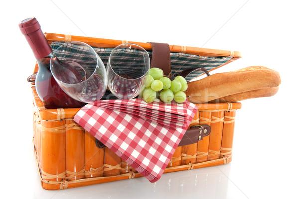 Piknik sepeti iyi yeme açık şarap meyve Stok fotoğraf © ivonnewierink