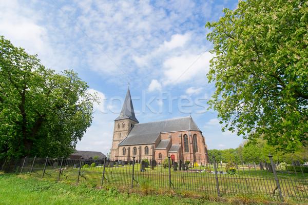 Holandés iglesia lugar casa edificio paisaje Foto stock © ivonnewierink