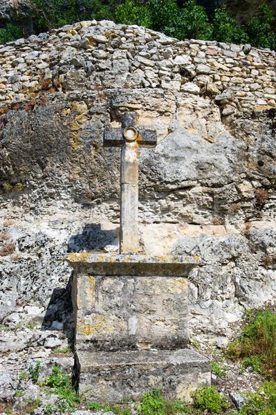 Peregrinação atravessar francês branco rochas Foto stock © ivonnewierink