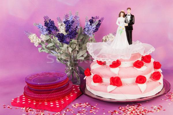 Stockfoto: Bruidstaart · paar · roze · rode · rozen · top · bloemen