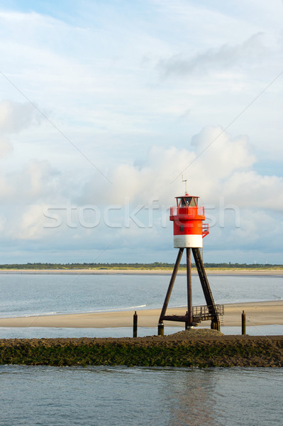 Jelzőtűz piros fehér móló víz sziget Stock fotó © ivonnewierink