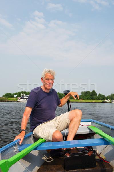 Foto stock: Homem · barco · azul · rio · idoso