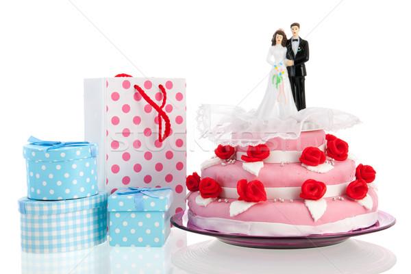 カップル 先頭 ウェディングケーキ ピンク 贈り物 孤立した ストックフォト © ivonnewierink