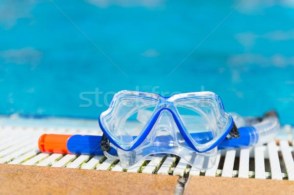 Duiken uitrusting zwembad Blauw masker snorkel Stockfoto © ivonnewierink