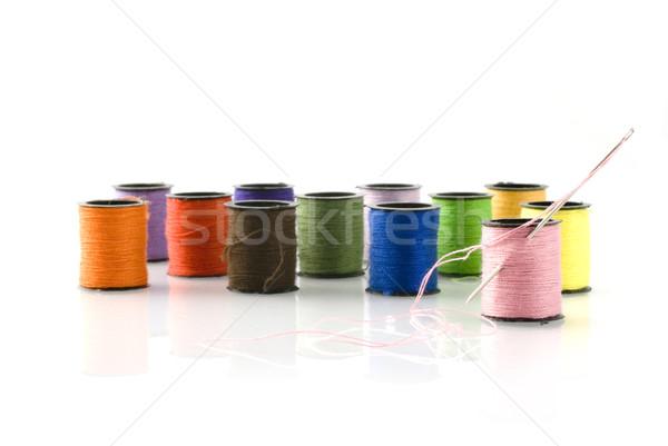 Coser aguja hilo mujer ojo de trabajo Foto stock © ivonnewierink