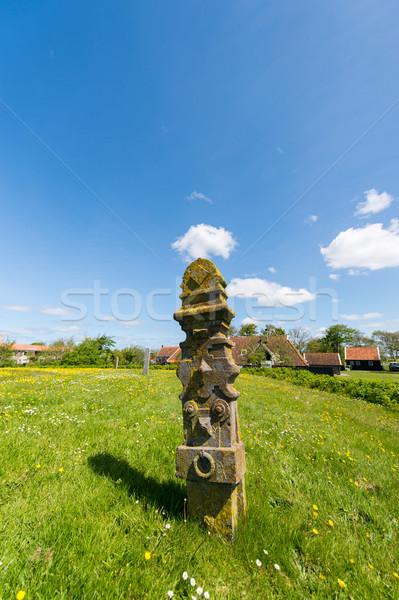 Cimetière typique pierre île herbe Photo stock © ivonnewierink