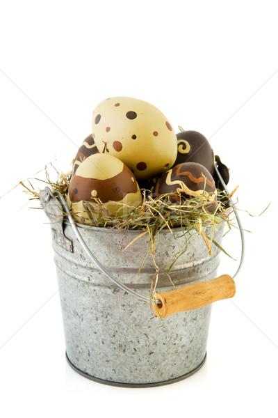 Wiadro Easter Eggs słomy czekolady żywności jaj Zdjęcia stock © ivonnewierink