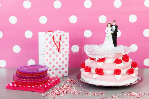 Stockfoto: Bruidstaart · paar · roze · rode · rozen · top · voedsel