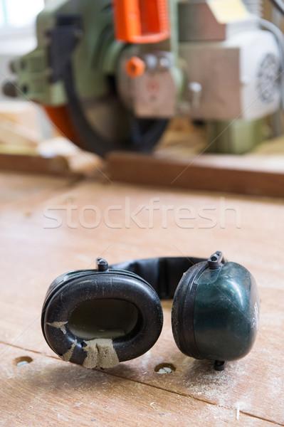 耳 保護 ノイズ ヘッドホン 騒々しい 木材 ストックフォト © ivonnewierink