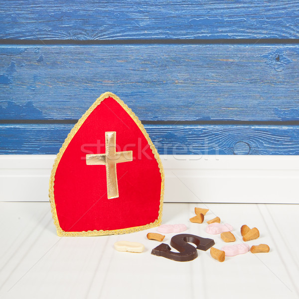 голландский конфеты шоколадом синий красный полу Сток-фото © ivonnewierink
