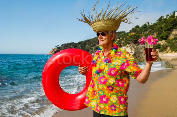 Altos hombre cóctel beber playa playa tropical Foto stock © ivonnewierink