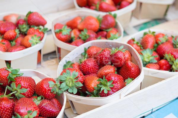 Stock fotó: Friss · eprek · piac · gyümölcs · kosár · édes