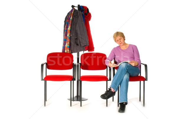 Bekleme odası hastane doktor okuma dişçi dergi Stok fotoğraf © ivonnewierink