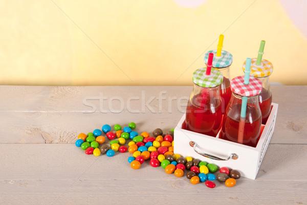 şekerleme limonata renkli küçük şişeler içme Stok fotoğraf © ivonnewierink