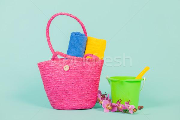 Férias de verão família toalhas brinquedos fundo Foto stock © ivonnewierink