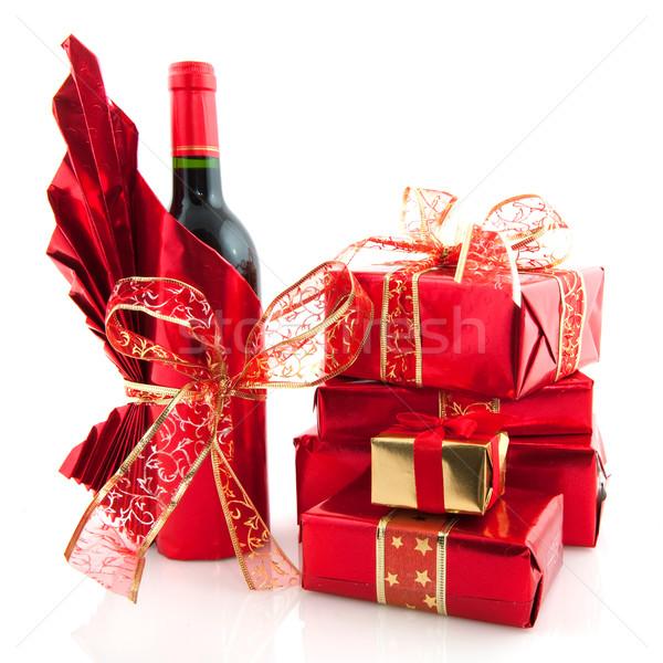 Christmas presenteert Rood luxe wijn achtergrond Stockfoto © ivonnewierink