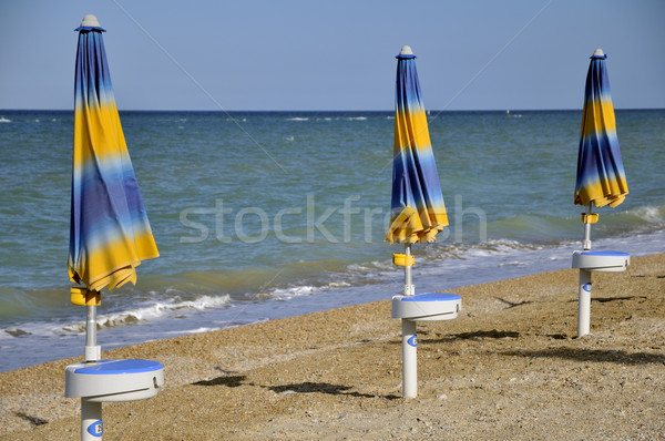 Playa azul amarillo naturaleza arena olas Foto stock © ivonnewierink