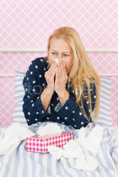 Nő influenza érett kor ágy beteg Stock fotó © ivonnewierink