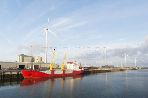 Stockfoto: Rood · vracht · boot · haven · wind · hemel
