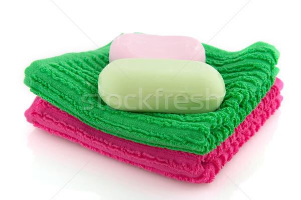 Colorido toalhas sabão peça verde banheiro Foto stock © ivonnewierink