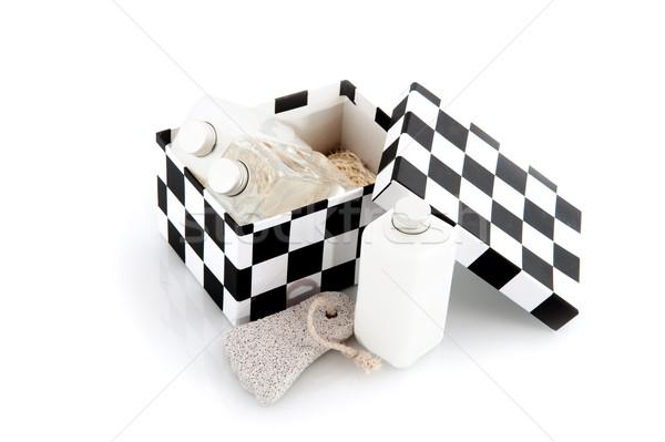 Szépségipari termékek anya fürdőkád test feketefehér nő Stock fotó © ivonnewierink