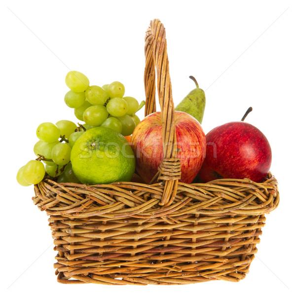 Сток-фото: плетеный · корзины · свежие · фрукты · полный · изолированный · белый