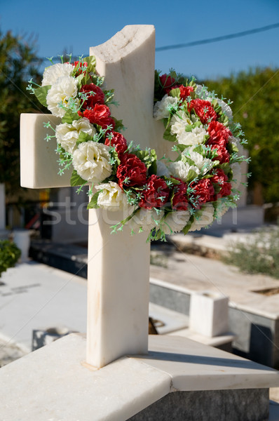 Marmer kruis Griekenland begraafplaats Stockfoto © ivonnewierink