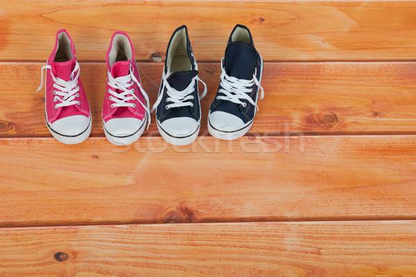 Kosár labda cipők padló kosárlabda fapadló Stock fotó © ivonnewierink