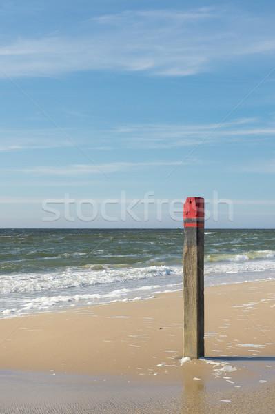 Photo stock: Plage · pôle · bois · rouge · côte · eau
