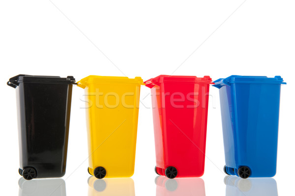 Rotolare isolato bianco diverso colori riciclaggio Foto d'archivio © ivonnewierink