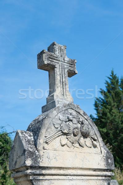 Starych francuski grobu krzyż Zdjęcia stock © ivonnewierink