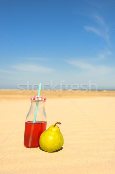 Garrafa limonada fruto praia pequeno vermelho Foto stock © ivonnewierink
