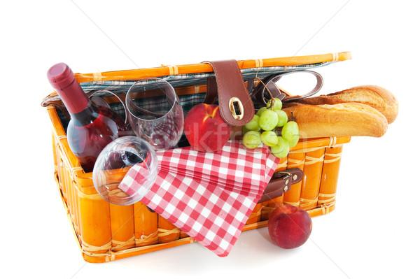 Piknikkosár jó eszik szabadtér bor gyümölcs Stock fotó © ivonnewierink