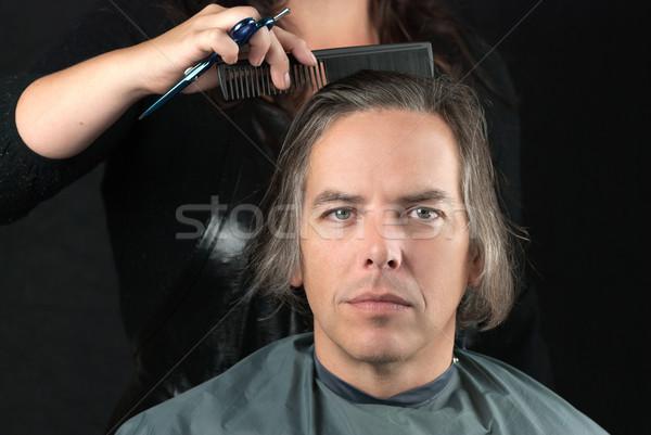 Man lang haar voorbereiding gesneden ernstig Stockfoto © jackethead
