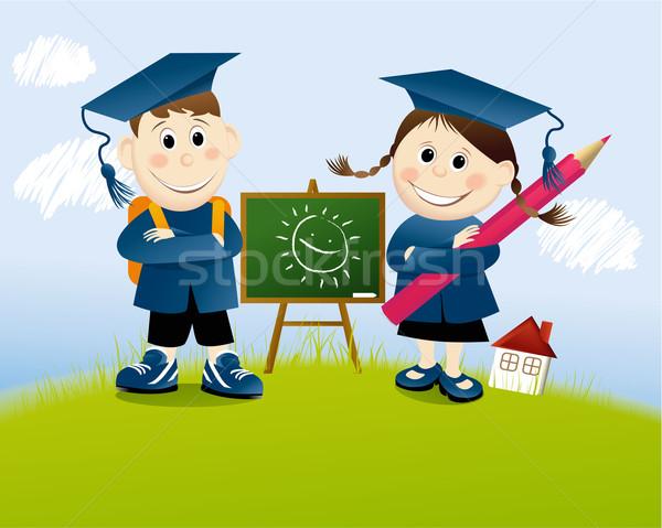 Foto stock: De · volta · à · escola · educação · jovem · feliz · estudantes · sorrir