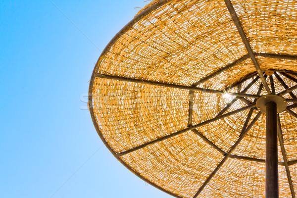 Laag parasol blauwe hemel Geel Stockfoto © jagston