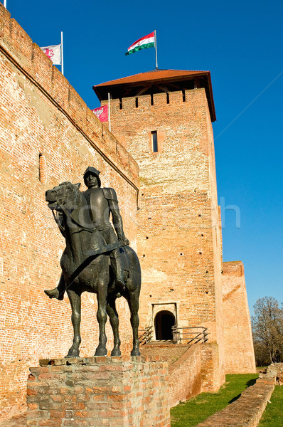 Castelo escultura cavaleiro cavalo guerra pedra Foto stock © jakatics